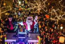 Photo of Santa's Arrival at the Hawthorne and Holiday Tree Lighting